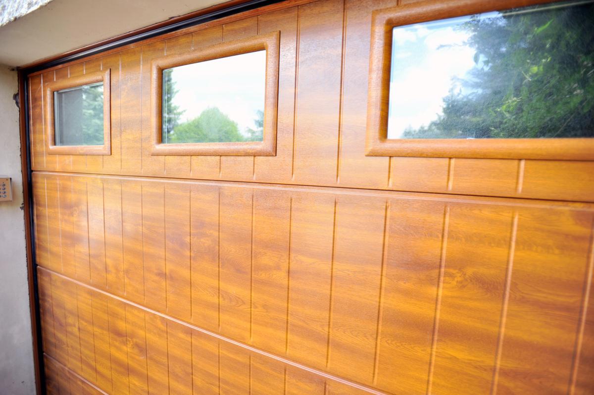Portes de garage cran gevrier pr s d annecy 74 for Installateur de porte de garage